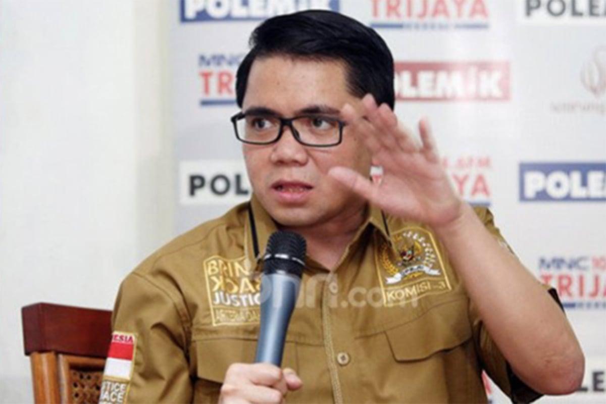 Mendadak Anggota DPR RI Blak-blakan: Harusnya Mundur Saja..- Anggota DPR RI Arteria Dahlan. Foto: JPNN.com/GenPI.co