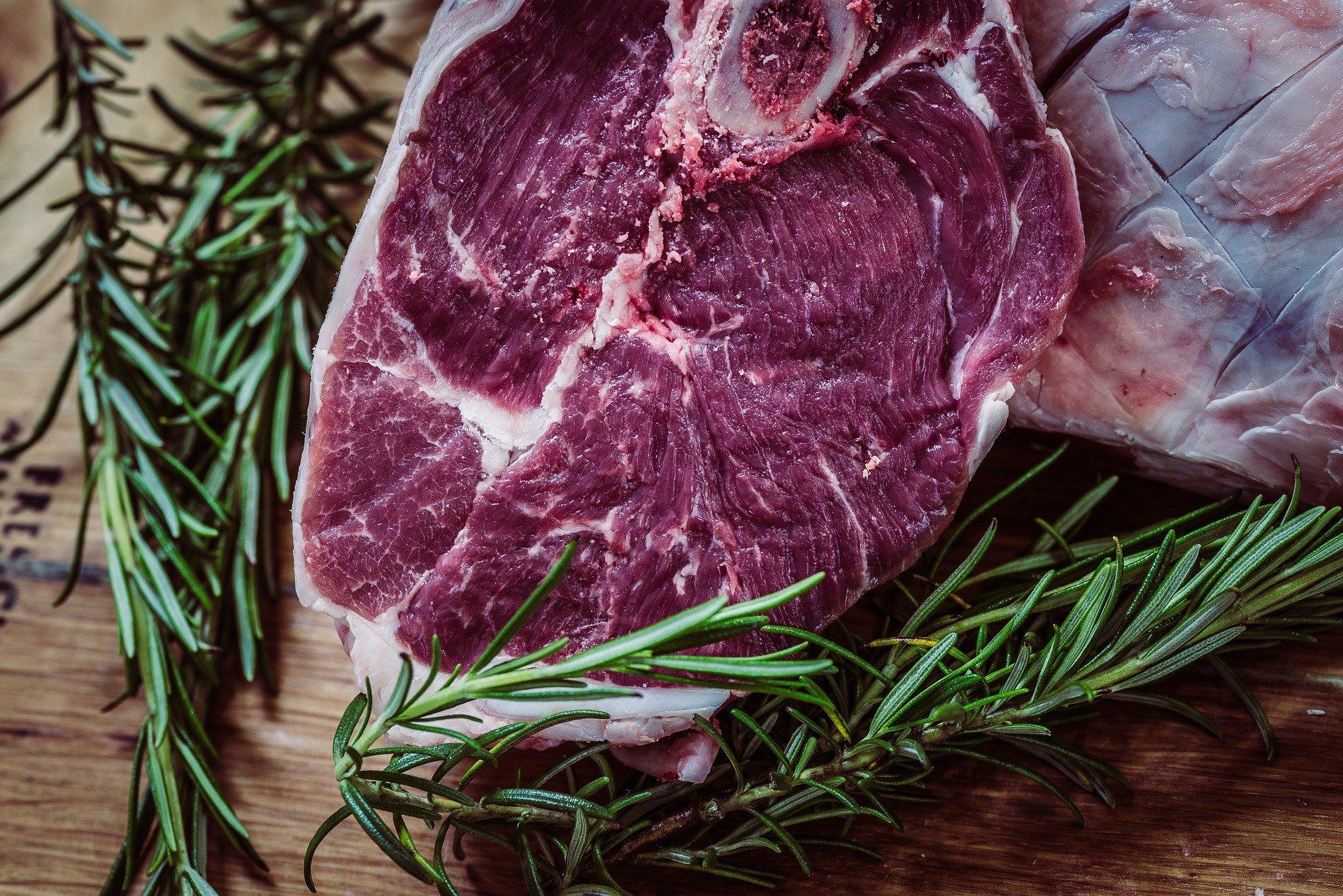 Ilustrasi daging. (foto: pixabay)