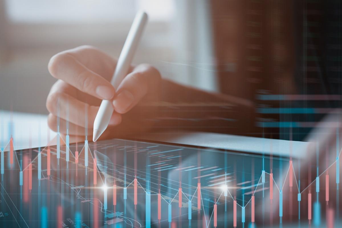 Bursa 28 Juli 2021: Saham BMRI dan EXCL Direkomendasi