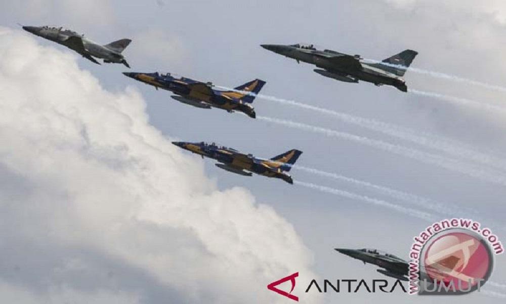 Pesawat tempur milik TNI AU jenis T-50 Golden Eagle. FOTO: Antara