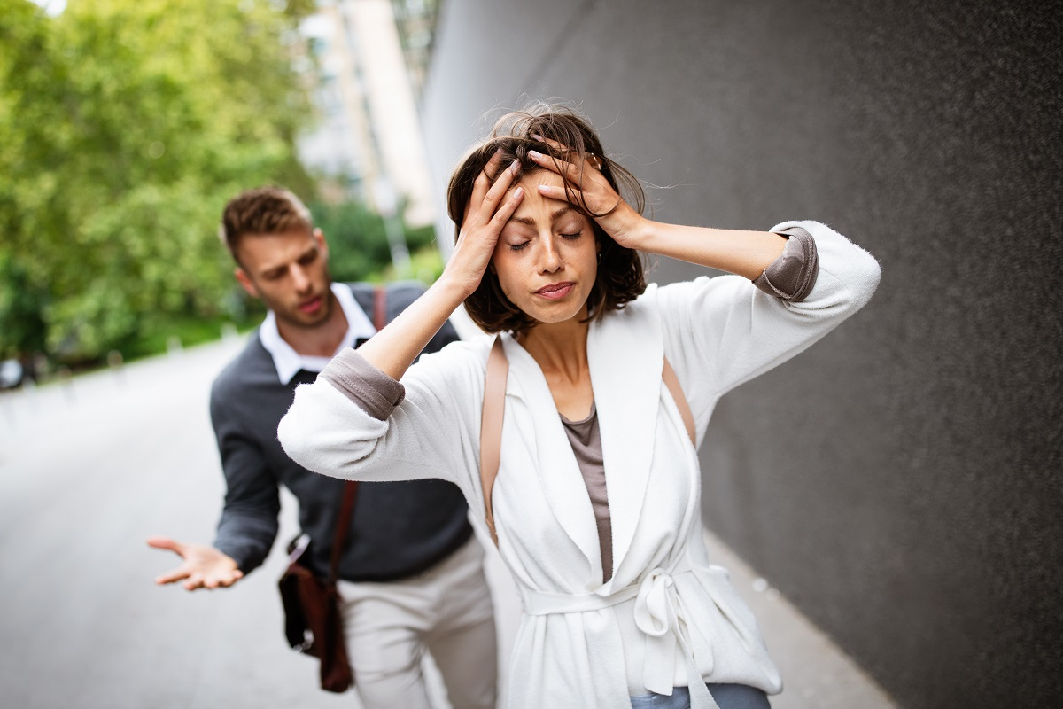 Waspada! Ini 6 Tanda Dia Melakukan Manipulasi Romantis Kepadamu! (Foto: Elements Envato)