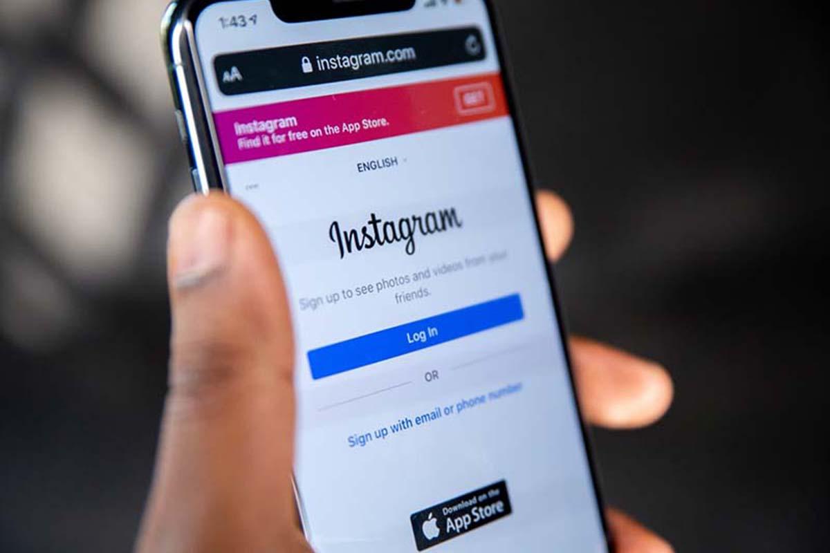 Makin Canggih, Instagram Stories Kini Bisa Terjemahkan Teks!