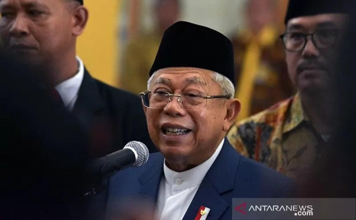 Ada Kiai Tak Percaya Covid, Ulama pro Jokowi Sentil Ma'ruf Amin