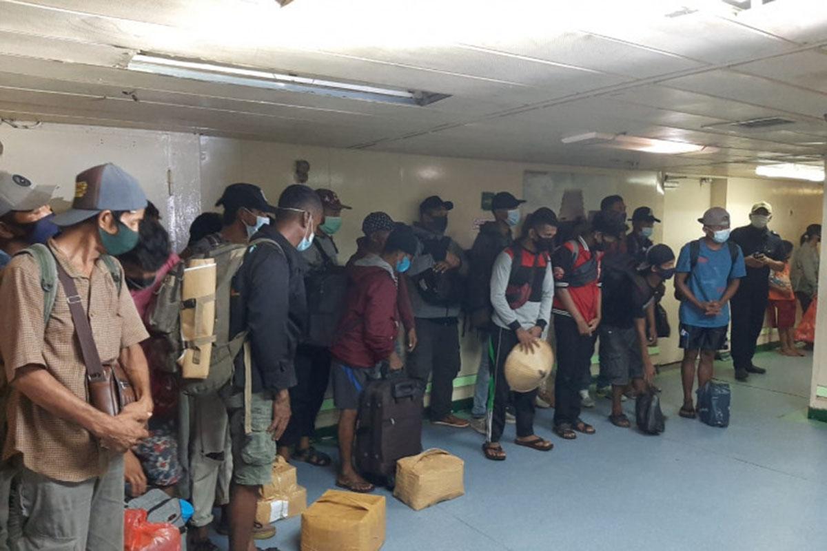 Pakai Surat Palsu, 26 Orang Dipulangkan Usai Tiba di Sorong