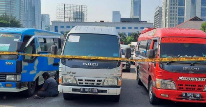Pengamat Transportasi Keluhkan Maraknya Angkutan Umum Pelat Hitam