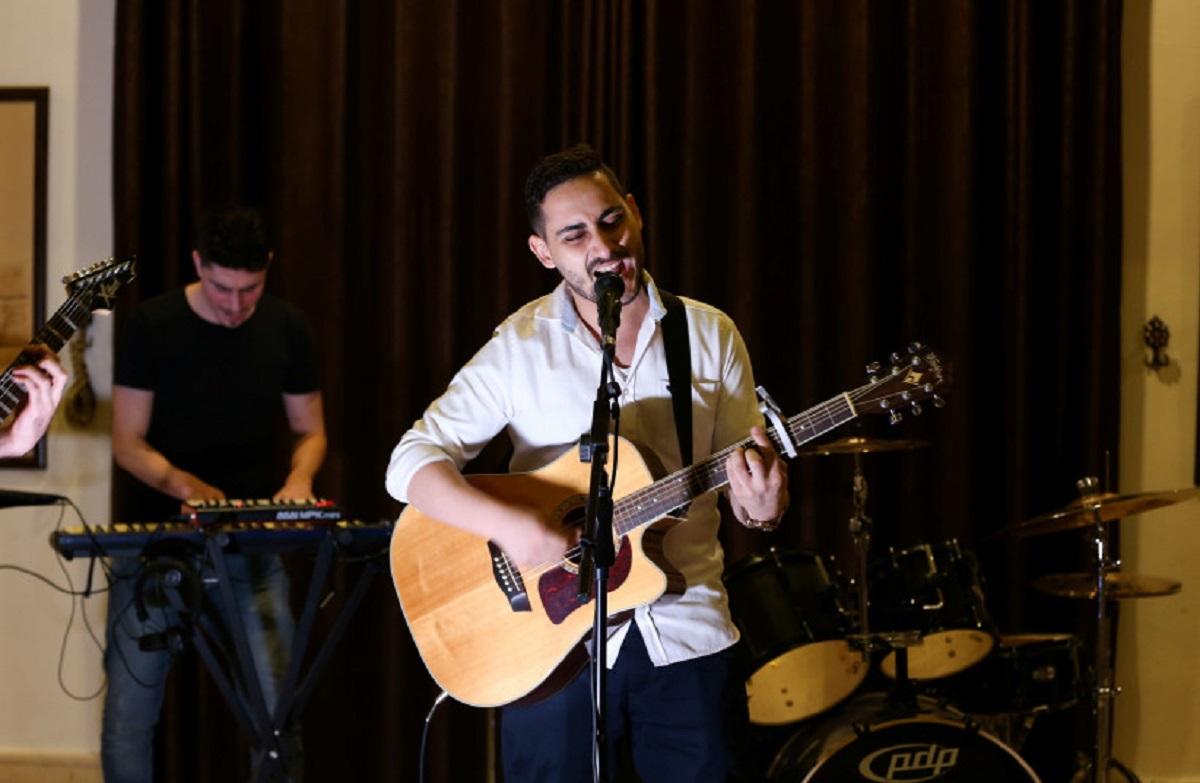 Jeritan Suara Band Rock Asal Gaza, Lirik Lagunya Menyayat Jiwa