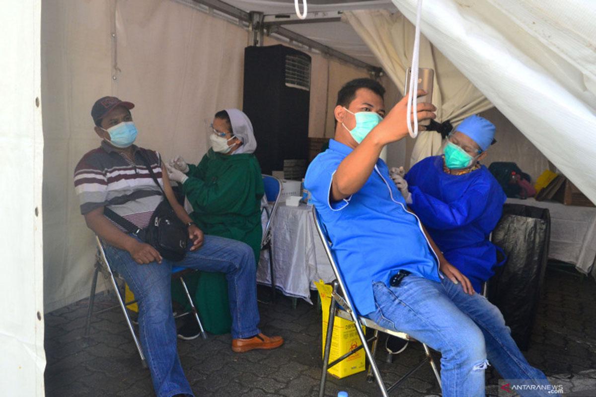 Ragu Efektivitasnya, Alasan Warga di Jateng Ogah Vaksin Covid