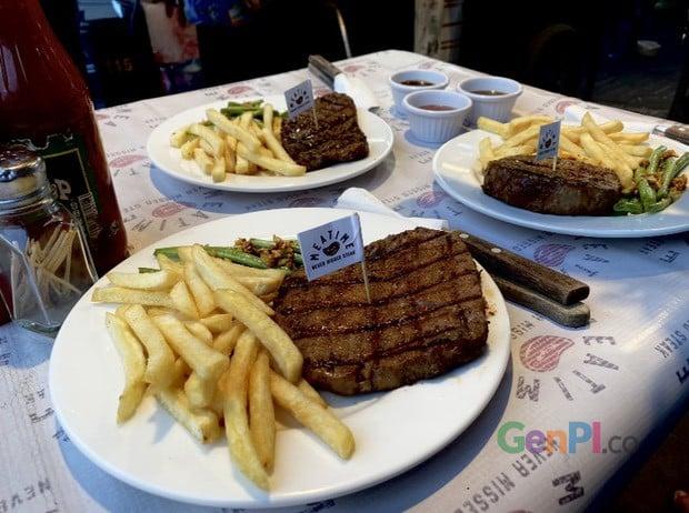 Salah satu menu andalan Warung Steak Meatime.