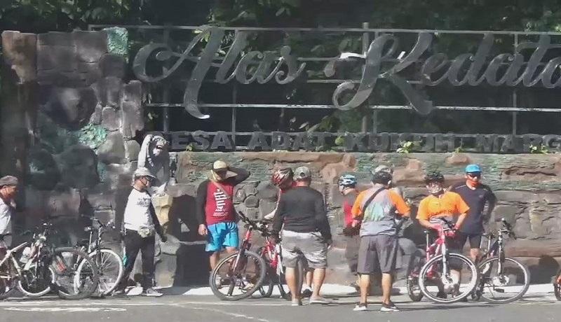 Wisatawan mulai berdatangan ke Bali. Foto: Antara