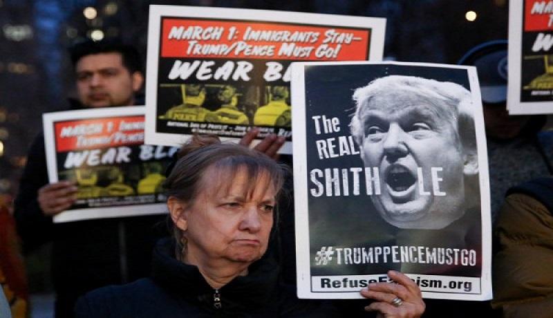 Aktivis dan penerima DACA berunjuk rasa atas kebijakan pemerintahan Trump tentang imigran. Foto: Antara