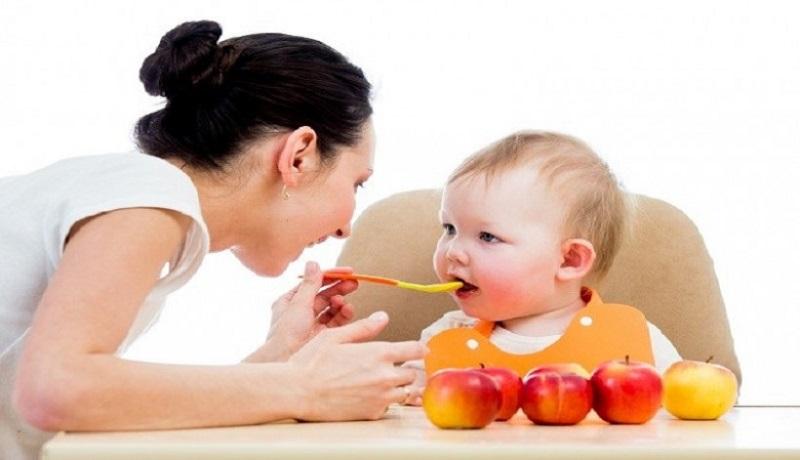 Ilustrasi makanan bayi. (Shutterstock)