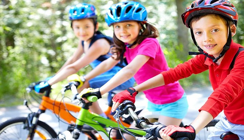Ilustrasi anak olahraga sepeda. (pixabay)