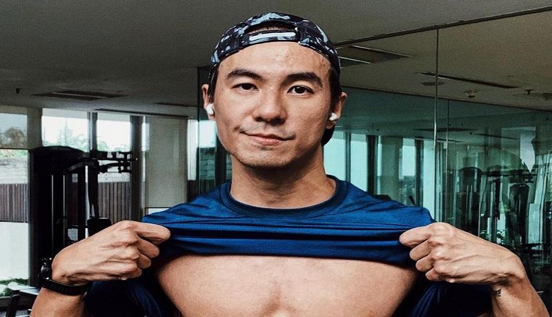 Daniel Mananta Beri Tips Memilih Baju Olahraga