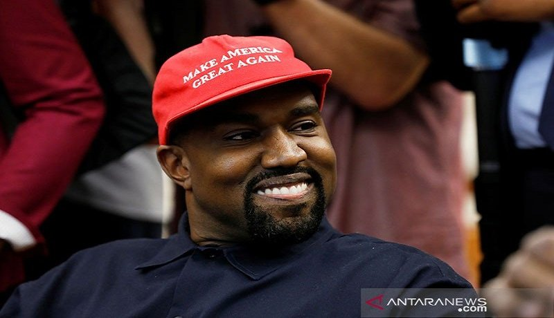 Kanye West Mundur dari Pencalonan Presiden AS