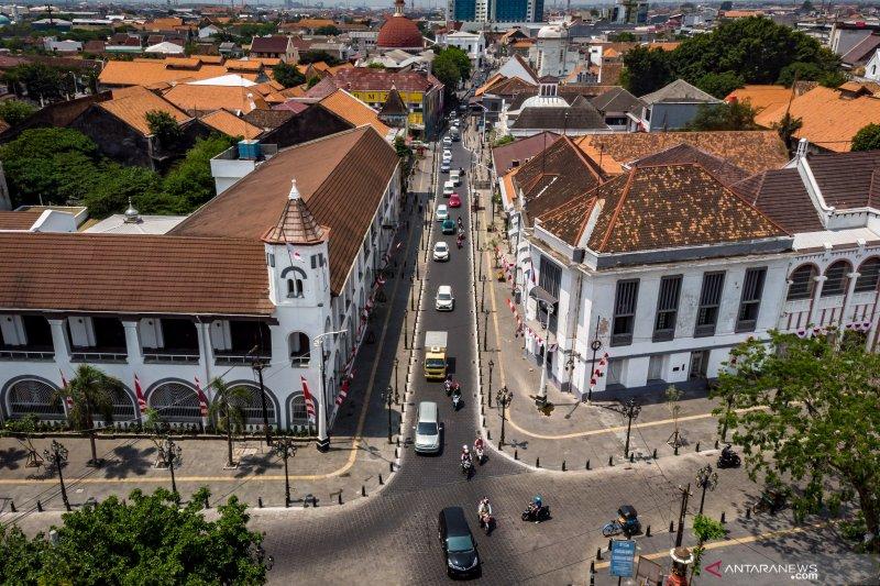 Jalan Jalan Di Kota Lama Semarang Yang Baru