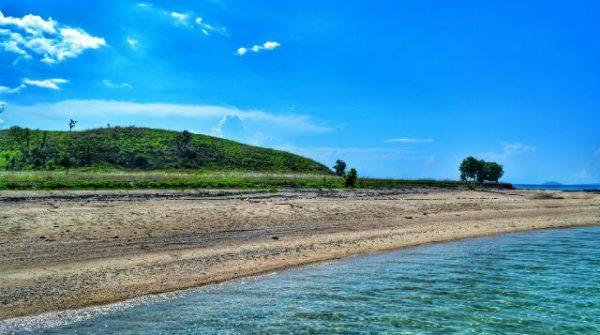 Pulau Nisa Pudu di dompu, NTB. (Foto: bimakini.com)