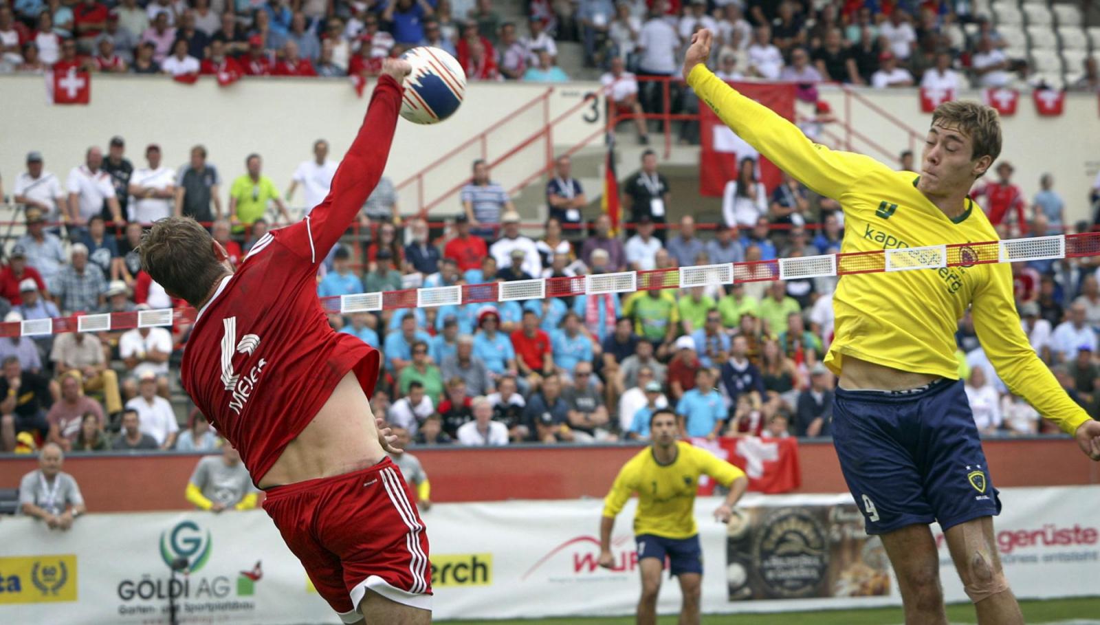 Pertandingan fistball internasional antara swiss dan Brazil tahun 2019. (Foto: ifa-fistball.tv )