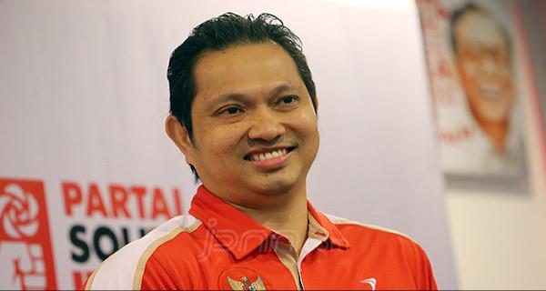 Bela PB Djarum, Pebulu Tangkis Hariyanto Arbi tantang KPAI cari bibit muda olahraga tepok bulu (Foto : JPNN)