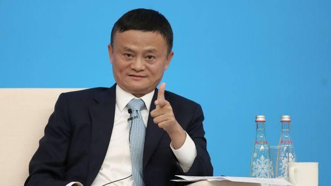 Jack ma mengatakan bahwa kecerdasan buatan membuat waktu kerja karyawan jauh lebih singkat. (Foto: CNBC.com)