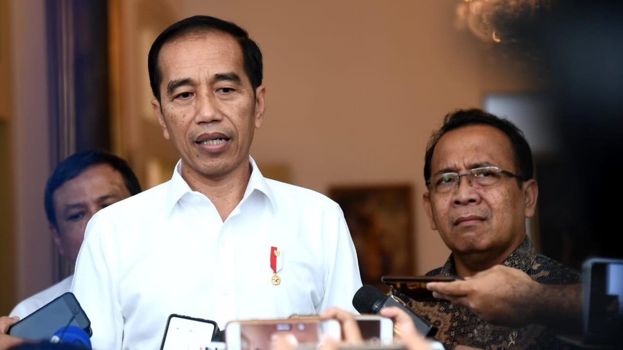 Jokowi kirimkan bantuan bahan pokok untuk warga Ambon dan Wamena. (Foto: Biro Setpres)