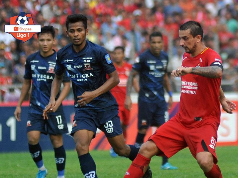 Madura United makin mengancam posisi Bali United setelah menekuk Semen Padang pada lanjutan Liga 1 2019. Foto: Twitter/Liga1Match