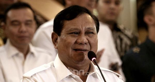 Prabowo Subianto diprediksi jadi menteri Jokowi. Benarkah? (Foto : JPNN)