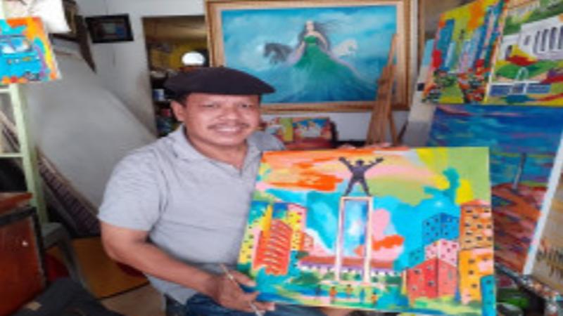 Suwinto, pelukis senior Pasar Baru (foto: Andri Bagus/GenPI.co)
