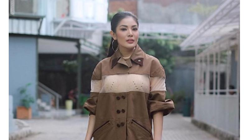 Akrabnya Nindy Ayunda-Amelia Clarissa, Istri Mantan Cowok Aurel