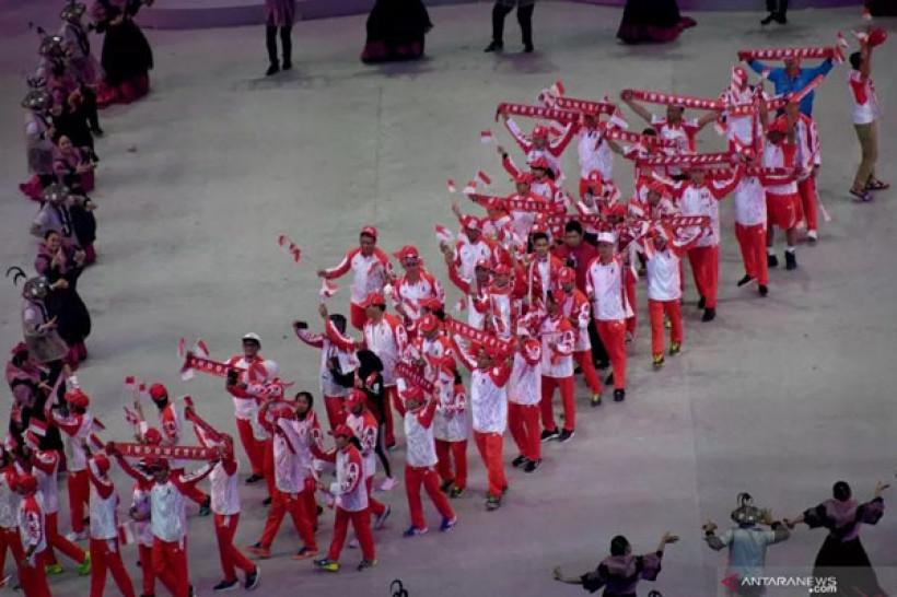 Para atlet Indonesia saat pembukaan SEA Games 2019 (foto: Antara)