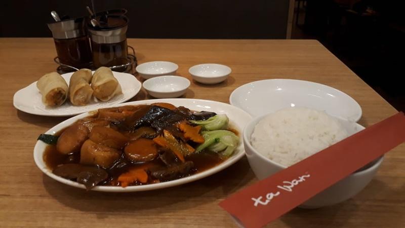 Promo potongan harga Rp 60.000 di Restoran Ta Wan (foto: linda)