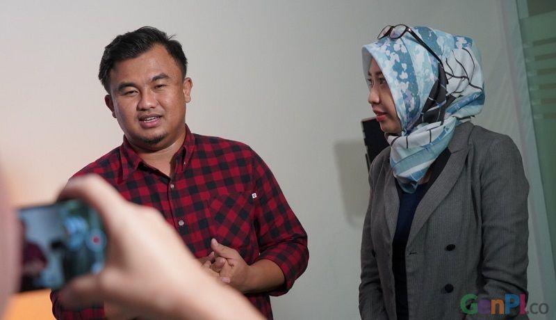 Bupati Dharmasraya, Sutan Riska Tuanku Kerajaan saat berkunjung ke kantor redaksi Genpi.co di Jakarta. (dok)