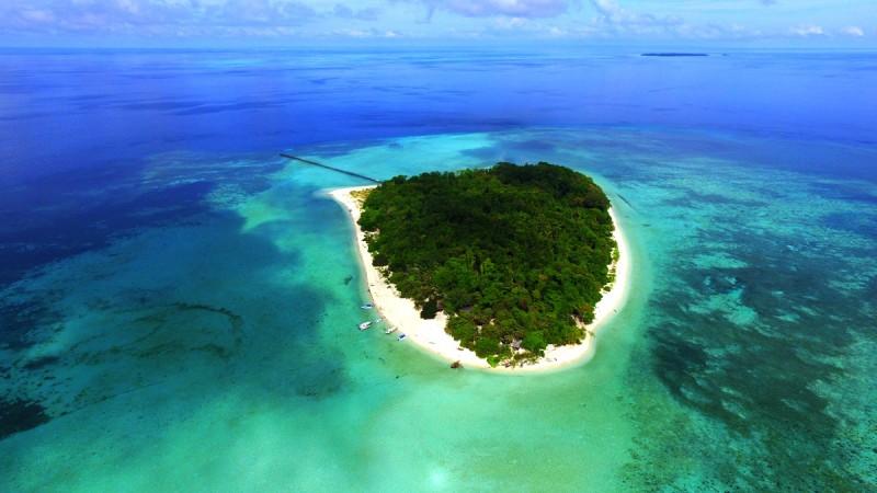 Pulau Sangalaki di Kepulauan Derawan (foto: Pemprov Kaltim)