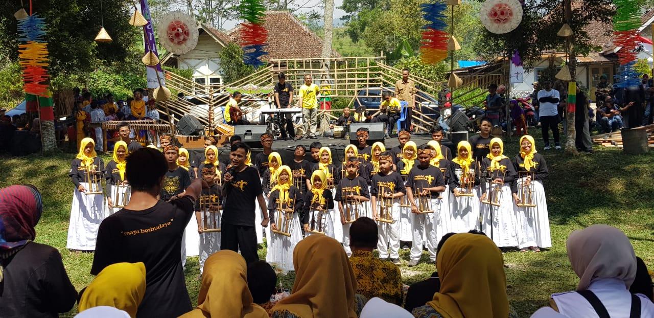 Peluncuran Pasar Wisata Digital Dayeuh Manggung, tempat berburu kuliner Nasi Liwet Domba Garut. (Foto: Dok. Kemenpar)