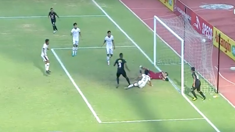 Amildo Balde berhasil samakan kedudukan 1-1 (foto: Youtube)
