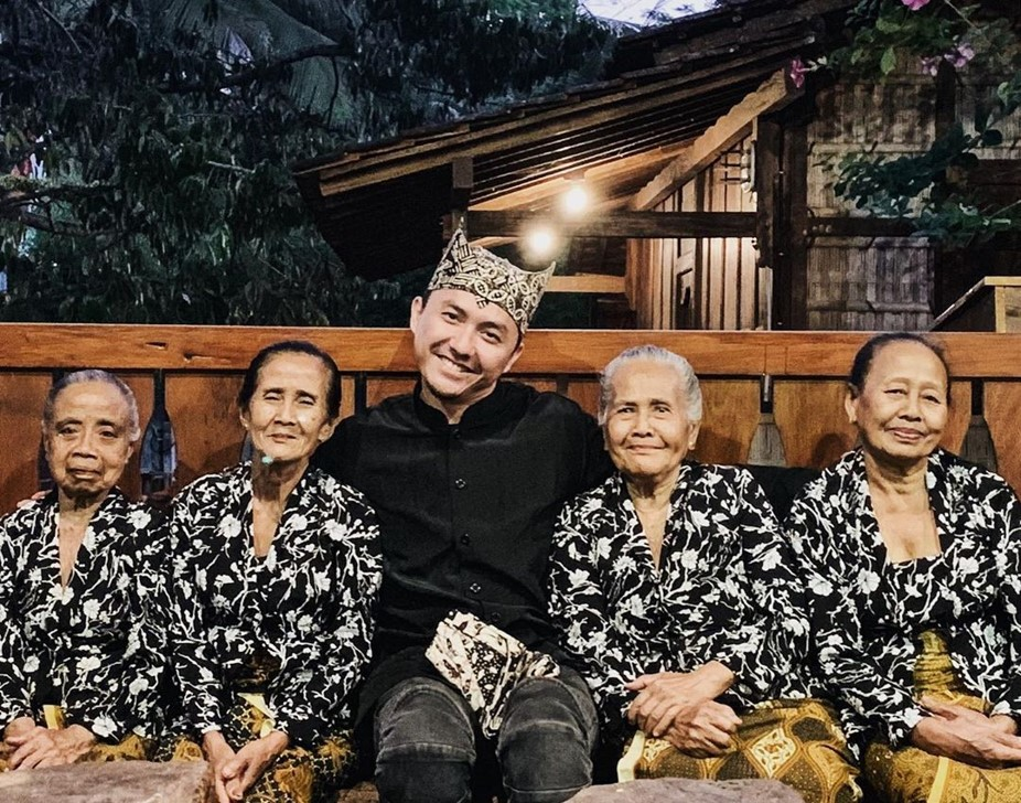 Kunjungi Banyuwangi, Ananda Omesh Ngopi Bareng Menlu Retno