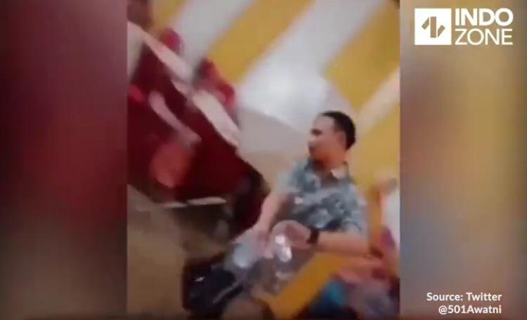 Kesal ditinggal mantan, beredar video cuci tangan setelah salaman dengan mantan yang menikah (Foto : Istimewa)