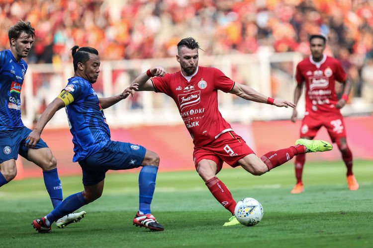 Persija Jakarta gagal keluar dari zona degradasi sebab skor imbang melawan Madura United di Liga 1, Jumat (16/8) (Foto : Kompas)