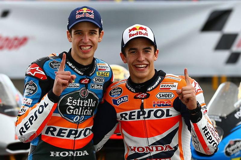 Alex Marquez dan Marc Marquez. (Foto: Laman resmi Repsol Honda)