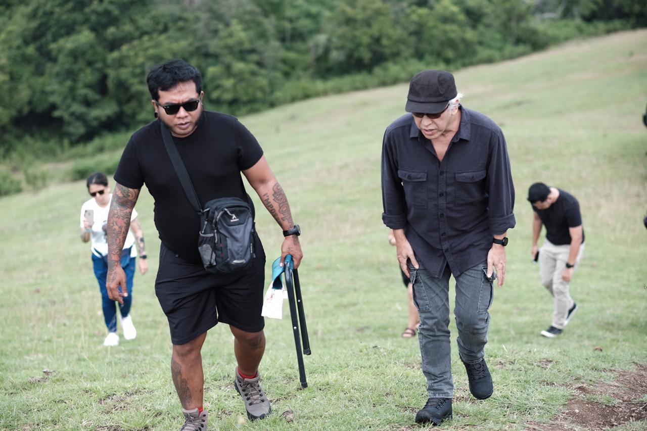 Iwan Fals Bikin Video Klip Single di Desa Terindah di Dunia