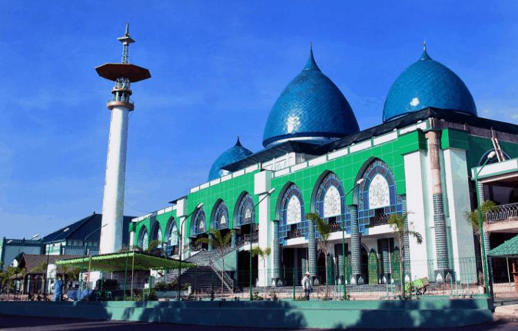 Masjid Agung Baiturahman Banyuwangi. (Foto: JejakPiknik)