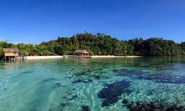 Pulau Perawan itu Bernama Salawati