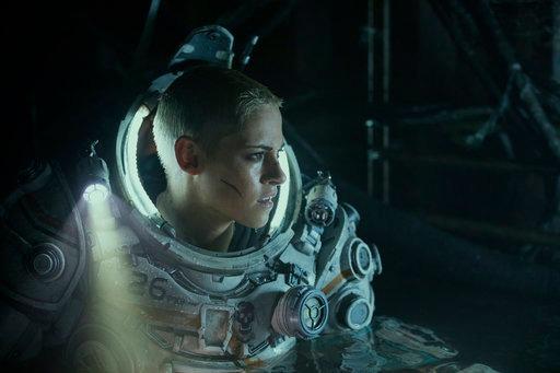 """Kristen Stewart mengambil peran utama sebagai Norah Price dalam """"Underwater"""" (Foto PR magnifique)"""