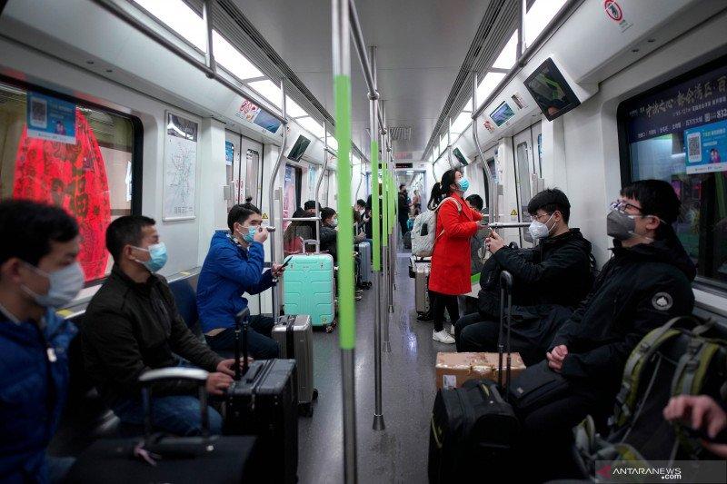 Wuhan Menggeliat, Kereta Bawah Tanah Sudah Beroperasi