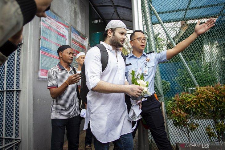Ridho Rhoma bebas adri penjara, Rabu (8/1). (Foto: ANTARA FOTO/Dhemas Reviyanto/aww)