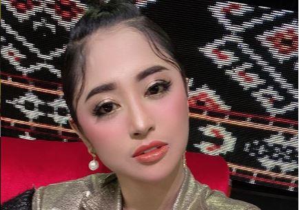 Pwdangdut Dewi Perssik. (Foto: Instagram/@dewiperssikreal)