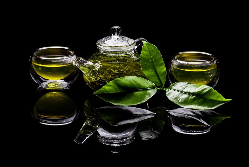 berlebihan mengonsumsi teh hijau berdampak buruk bagi tubuh. (Foto: Elements Envato)