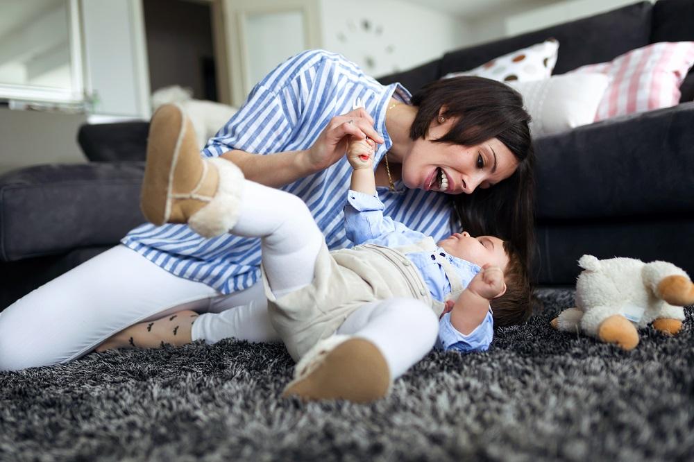 Ilustrasi ibu dan anak. (Foto: Elements Envato)