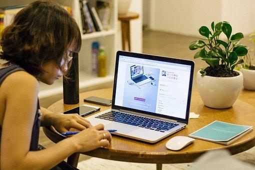 Tips Menghemat Kuota Internet Selama WFH