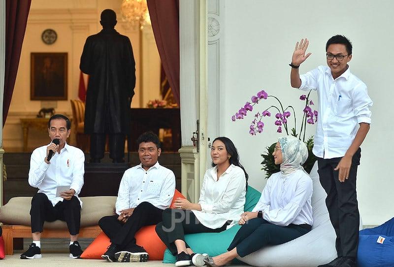 Pak Jokowi, Menteri, Wamen dan Safsus Milenial Diganti Aja
