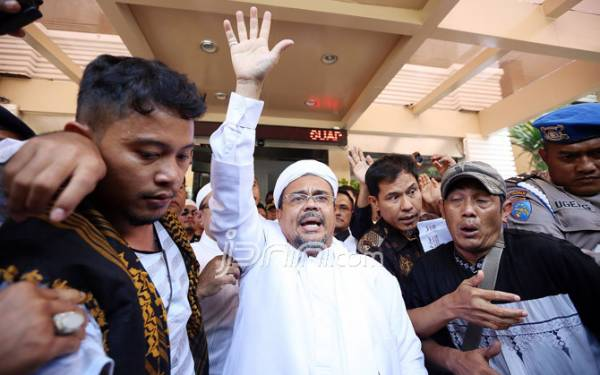 Imam Besar Front Pembela Islam Habib Habib Rizieq Shihab (Foto: JPNN/Ricardo)